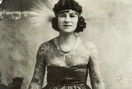 Potetovaná těla rebelek: Podívejte se na ženy, které se tetovaly dřív, než to bylo …