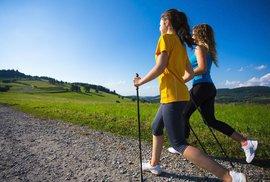 Trekové hole: Vybrat tuto pomůcku pro nordic walking může být velký oříšek