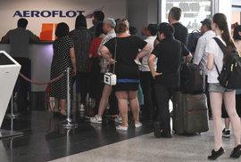Česko dočasně povolí lety ruských aerolinek. Situace se ale může změnit během dne,…
