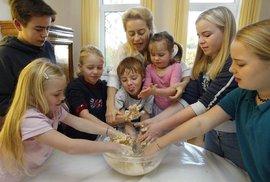 Kandidátka na předsedkyni EK Ursula von der Leyenová s dětmi.