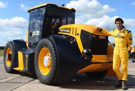 JCB Fastrac 8000, nejrychlejší traktor světa.