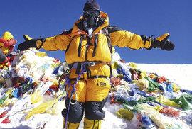 """Mount Everest: Nejvyšší hora světa trpí pod náporem masové """"ego-turistiky"""" a…"""