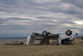 Řecko zasáhla extrémně silná bouřka. Zemřeli i dva Češi v převráceném karavanu