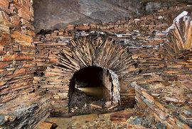 Břidlicové doly v Nízkém Jeseníku: Stovky metrů štol, ve kterých se skrývá mnoho podzemních krás