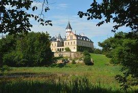 Udělejte si romantický výlet a navštivte půvabný zámeček Raduň ze 16. století