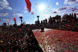 První den Colours of Ostrava 2019 ovládly ženy, Buty už bodují jen nostalgií