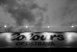 Colours of Ostrava, den třetí: Davovou únavu zahnalo vzkříšení tria Johna Butlera a královna Shilpa Ray