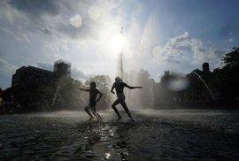 46 stupňů ve Francii. Teplotní rekordy letos padají od Evropy po severní pól