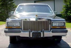 Donald Trump a jeho prémiové pozlacené limuzíny: Zlato na pneumatikách, v interiéru…