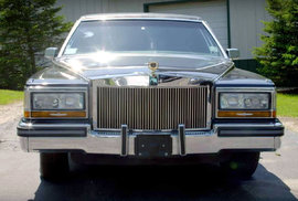Dillinger-Gaines Cadillac Trump Golden Series Limousine (1989)