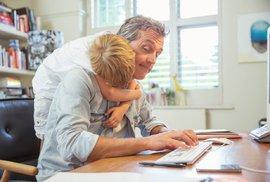 Příručka moderního fotra: Práce z domu s dítětem na krku