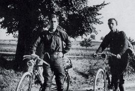 Parlesákova pátá cesta, kterou podnikl s přítelem Aloisem Polákem, trvala tři roky.
