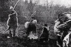 Indiáni kmene Onas v Ohňové zemi, kam Čech-Vyšata také zavítal.