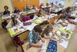 Škola pro vzdělání, nebo pro cár papíru? Prvňáčkům přeji učitele, kteří je naučí, že lhát se už nemá