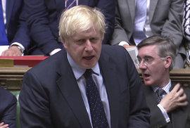 Ani brexit bez dohody, ani předčasné volby: Johnson podle médií utrpěl porážku, byl zahnán do kouta