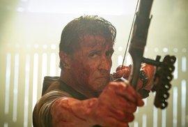 Sylvester Stallone vraždí drogové kartely jako zamlada. Do kin míří snímek Rambo:…