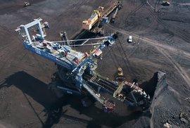 V lomu zbývají poslední miliony tun uhlí. Unikátní záběry z místa, které časem zmizí pod vodní hladinou