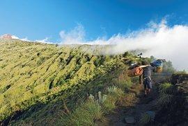 Krása jménem Rinjani aneb Česká expedice na vrchol druhé nejvyšší sopky Indonésie