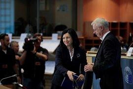 """Věra Jourová při """"grilování"""" v europarlamentu."""