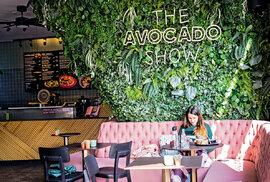 Amsterodamskou raritou jsou dvě avokádová bistra, Avocado Boutique a Avocado Show, která používají jen avokáda pěstovaná v souladu s principy udržitelného rozvoje. Čekají vás tu, jak lze tušit, pouze avokádové speciality.