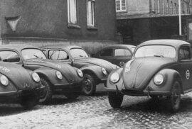 Auta pro všechny na přání Hitlera. Podívejte se, jak vznikalo nejslavnější auto na světě