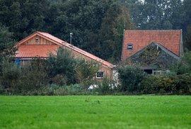 Muž v Nizozemí držel svou rodinu roky ve sklepě.