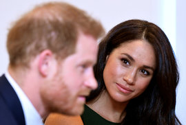 Princ Harry s Meghan Markle v Africe