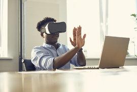 Virtuální realita ve školách pomůže třeba s chemií, fyzikou nebo biologií.