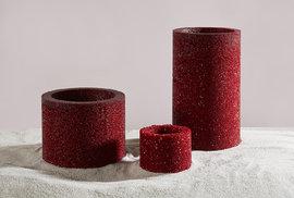 Češka zazářila na nizozemském Design Weeku. Vyrábí vázy z odpadního materiálu firmy …