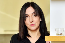 Rebeka Křižanová-Bartůňková: Kdo se bojí listopadu 1989?
