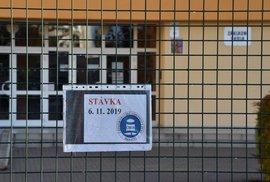 Stávka učitelů se nevydařila, připojilo se k ní daleko méně škol, než odboráři čekali