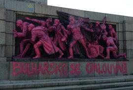 Ničení pomníků Rudé armády je reakcí na agresivitu Putina. Své Koněvy mají i další…