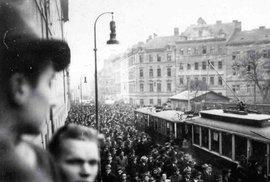 Uloupené mládí: Čeští studenti vzpomínají na peklo v koncentračním táboře Sachsenhausen