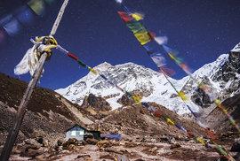 Základní tábor pod horou Makalu (8643 m)