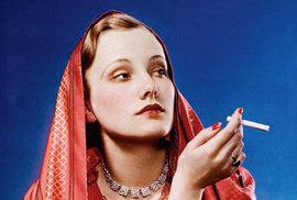 Edward Louis Bernays: Muž, který naučil ženy hrdě a veřejně kouřit a z…
