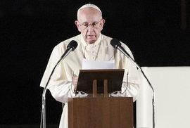 Papež František navštívil japonská města Hirošimu a Nagasaki.