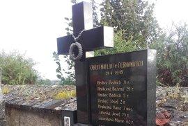 Náhrobek rodiny Hrubcových, která zahynula v Cerhonicích 29. dubna 1945