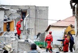 Počet obětí zemětřesení v Albánii narůstá.