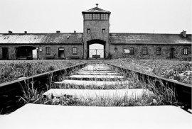 Vstup do koncentrační ho tábor Osvětim.
