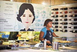 Stánek kuchařky Marlene Vieira upoutal mou pozornost okamžitě