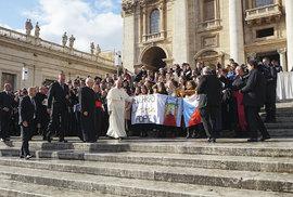 Setkání s papežem Františkem loni 12. listopadu u příležitosti krajanské pouti do Vatikánu ke 30. výročí svatořečení svaté Anežky