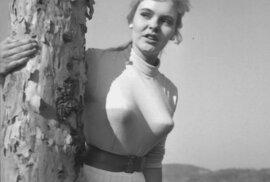 Podprsenky označované jako bullet bras byly populární především v 50. a 60. letech dvacátého století.