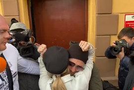 Fotbalista Řepka, který opustil vězení po třetině trestu, nesmí po tři roky porušit …