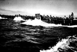 Úspěšným vyloděním na Luzonu zahájili Američané nejnákladnější pozemní operaci…