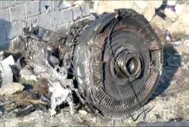 U Teheránu spadl Boeing, mířící do Kyjeva, zemřelo přes 170 lidí (8.1.2020)