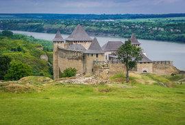 Strážci východní Evropy: Za mohutnými hrady a pevnostmi na březích řeky Dněstr