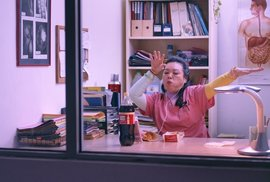 Snímek z filmu Octová lázeň.