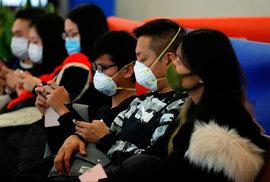 Koronavirus ohrožuje Číňany. A už nejen je...
