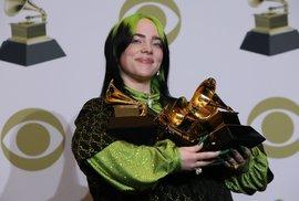 Letošní Grammy zastíněné smrtí basketbalisty Bryanta ovládla zpěvačka Billie Eilish
