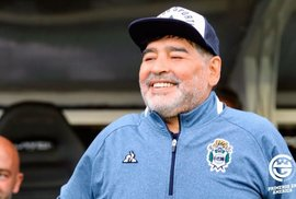 Diego Maradona aktuálně trénuje celek Gimnasia y Esgrima